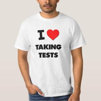 Amo el tomar de pruebas remera