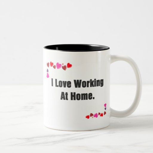 Amo el trabajar en casa de las tazas de los corazo