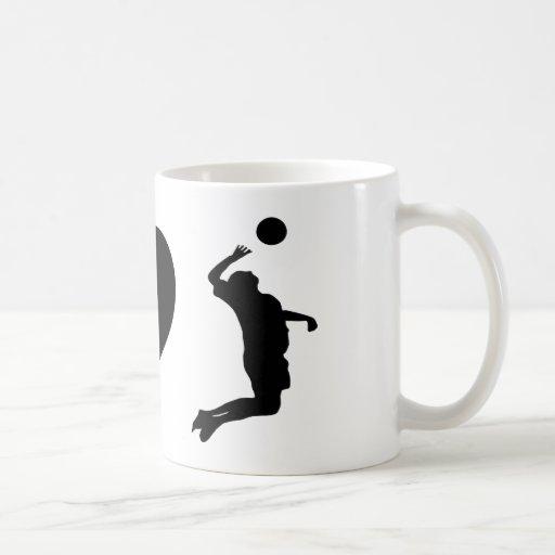 Amo el voleibol (el varón) taza de café