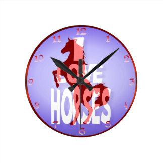 Amo el wallmart de los caballos reloj redondo mediano