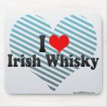 Amo el whisky irlandés alfombrillas de raton