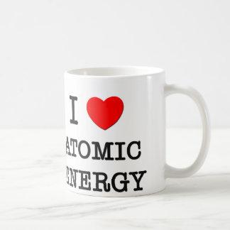 Amo energía atómica taza clásica