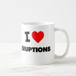 Amo erupciones taza de café