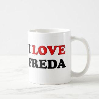 Amo Freda Taza