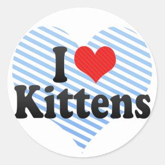 Amo gatitos pegatina redonda