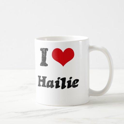 Amo Hailie Taza Básica Blanca