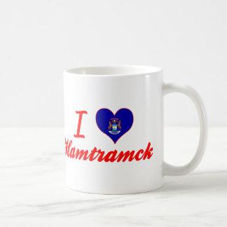 Amo Hamtramck, Michigan Taza Básica Blanca