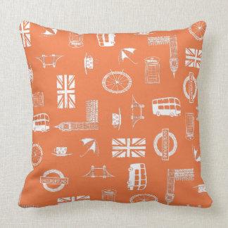 Amo Inglaterra - almohada anaranjada con símbolos