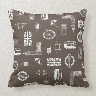 Amo Inglaterra - almohada marrón con símbolos