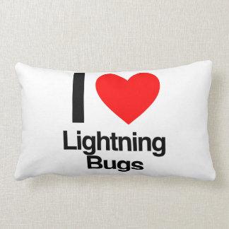 amo insectos de relámpago cojines