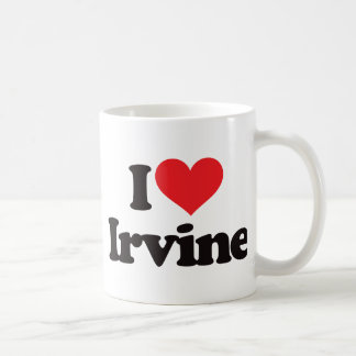 Amo Irvine Taza Básica Blanca