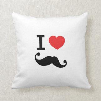 Amo la almohada del bigote del corazón twirly, amo