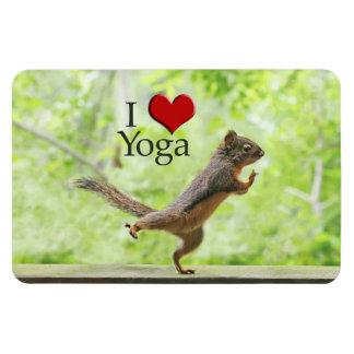Amo la ardilla de la yoga imán rectangular