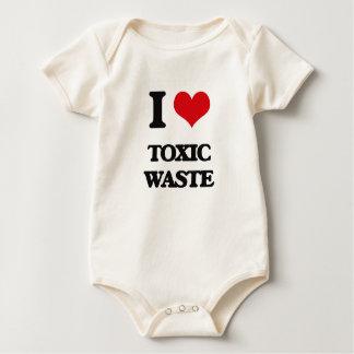 Amo la basura tóxica enteritos