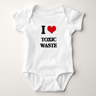 Amo la basura tóxica mameluco de bebé