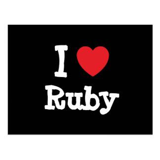 Amo la camiseta de rubíes del corazón postal