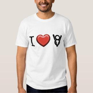 Amo la camiseta de V8 Poleras
