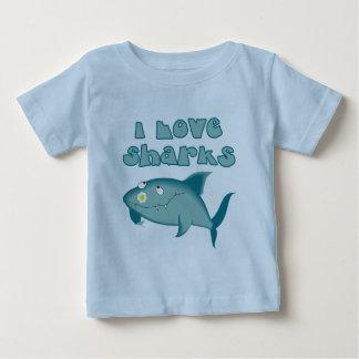 Amo la camiseta del bebé de los tiburones
