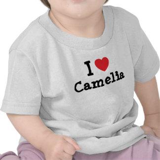 Amo la camiseta del corazón de Camelia