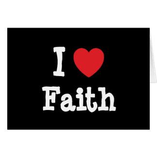Amo la camiseta del corazón de la fe tarjetón