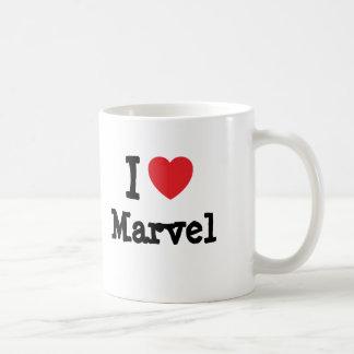 Amo la camiseta del corazón de la maravilla taza de café