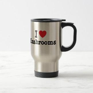 Amo la camiseta del corazón de las setas tazas de café