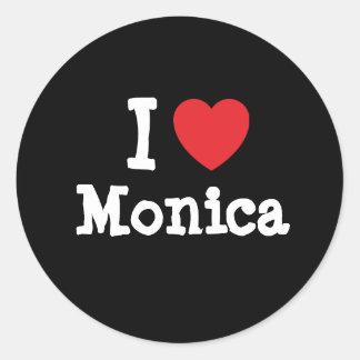 Amo la camiseta del corazón de Mónica Pegatina Redonda