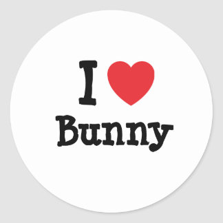 Amo la camiseta del corazón del conejito etiqueta redonda