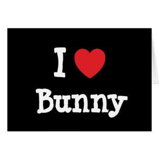 Amo la camiseta del corazón del conejito tarjetón