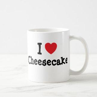 Amo la camiseta del corazón del pastel de queso taza de café