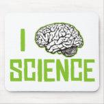 Amo la ciencia (cerebro, el verde) alfombrillas de ratón