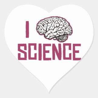 Amo la ciencia (el cerebro) pegatina en forma de corazón