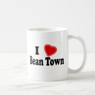 Amo la ciudad de la haba taza básica blanca