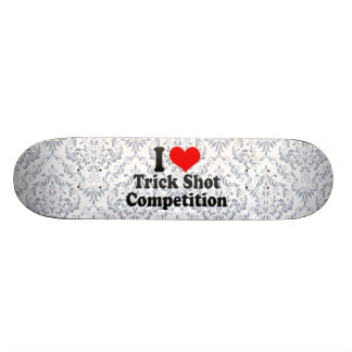 Amo la competencia del tiro del truco patines