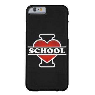 Amo la escuela funda de iPhone 6 barely there