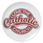 Amo la iglesia católica en rojo plato para fiesta