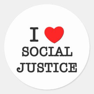 Amo la justicia social etiqueta redonda