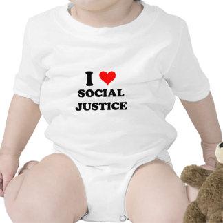 Amo la justicia social traje de bebé