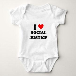 Amo la justicia social playeras