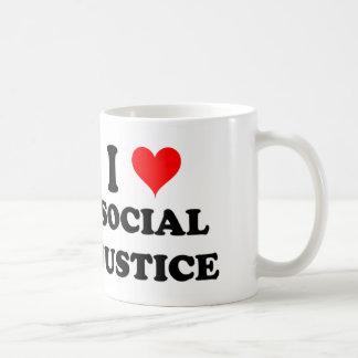 Amo la justicia social taza de café
