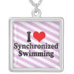 Amo la natación sincronizada pendientes
