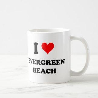 Amo la playa imperecedera taza básica blanca