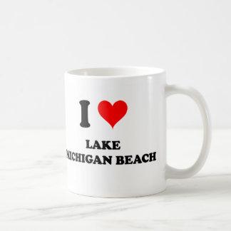 Amo la playa Michigan del lago Michigan Taza Básica Blanca