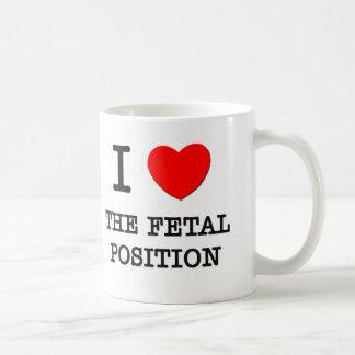 Amo la posición fetal taza básica blanca