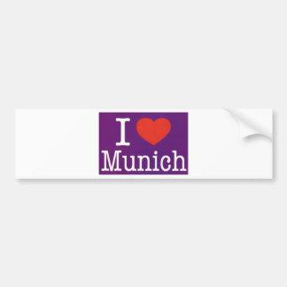 Amo la púrpura de Munich Pegatina De Parachoque