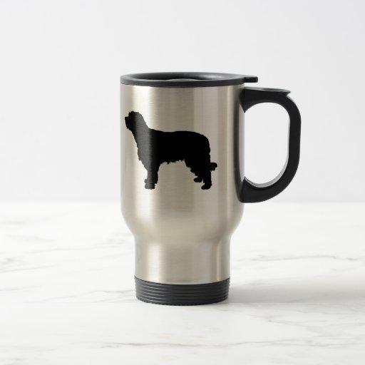 Amo la taza catalana del viaje de los perros pasto