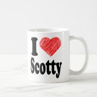 Amo la taza del arte del corazón de Scotty