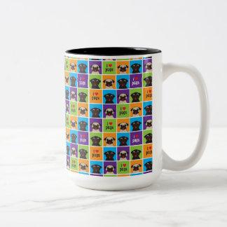 Amo la taza del tono de los cuadrados dos del
