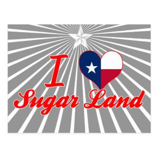 Amo la tierra del azúcar, Tejas Postales