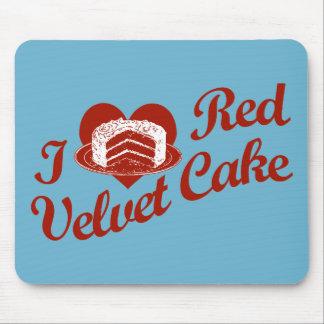 Amo la torta roja del terciopelo alfombrilla de ratón
